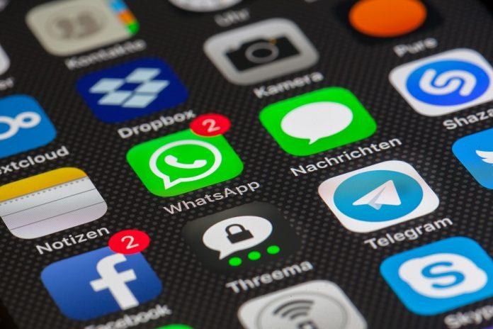 whatsapp web social network online facebook instagram