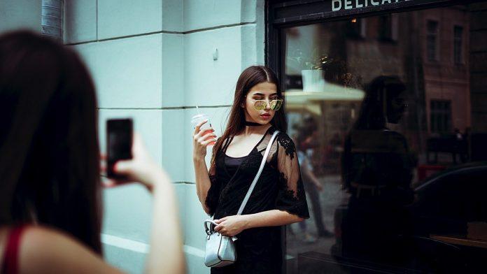 foto instagram post influencer social media network online web style